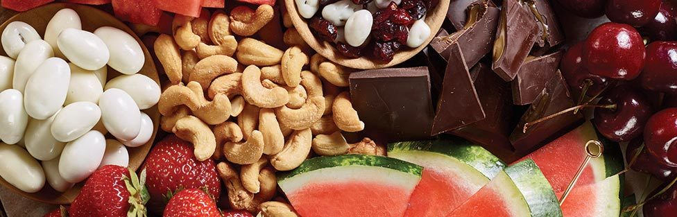 Valentine's Day eats and treats: Sweet, Luscious Snacks for Loved Ones